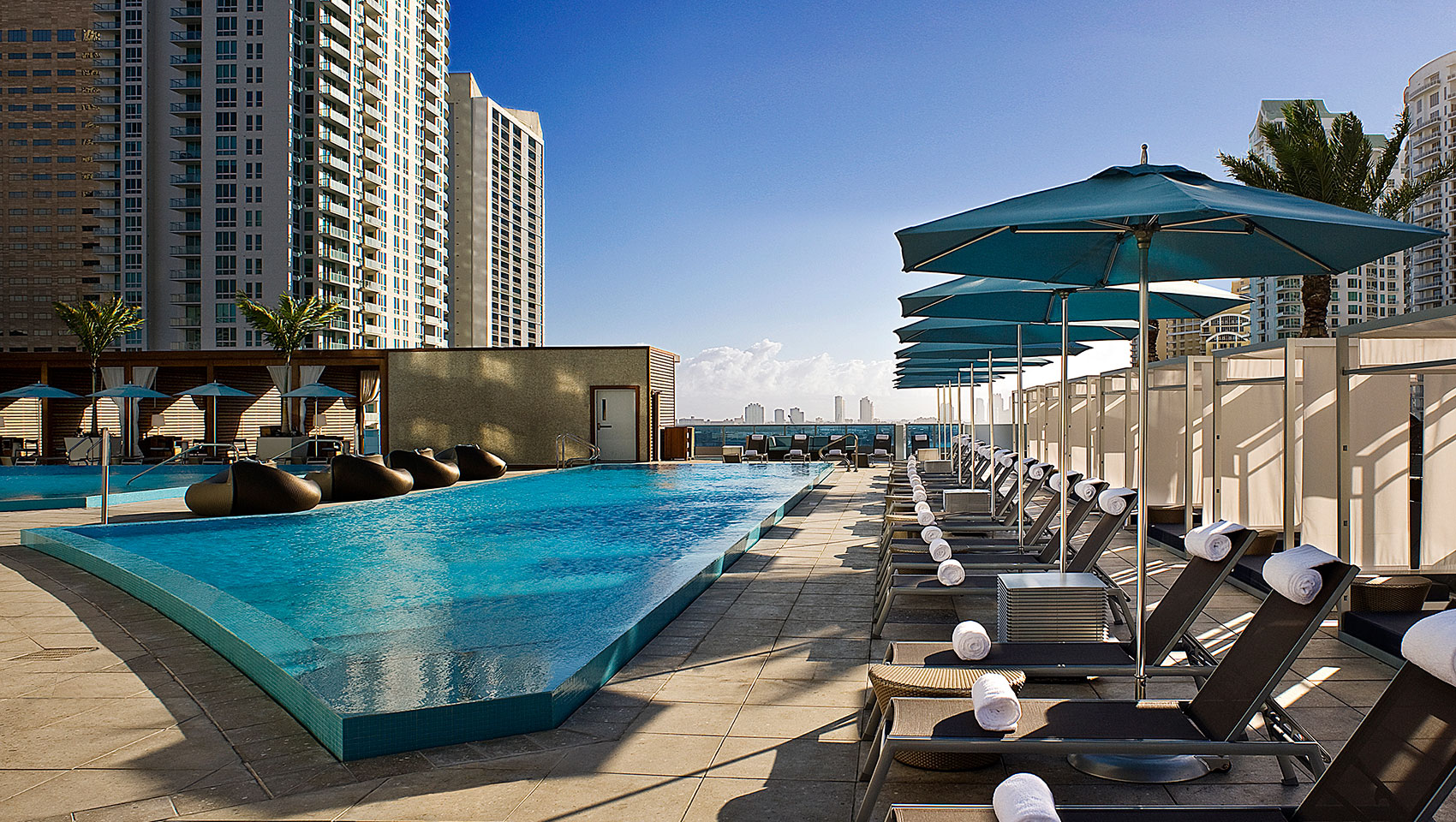 Miami Hotels With Rooftop Pools
