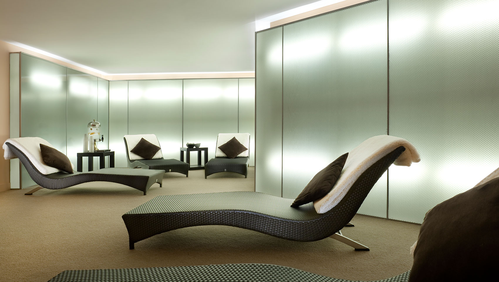 lounge chairs at exhale spa