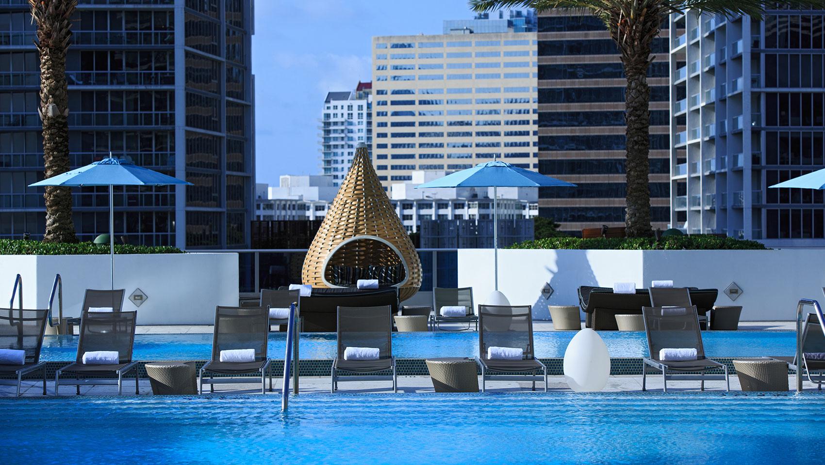 Downtown Miami Hotels Kimpton Epic Hotel